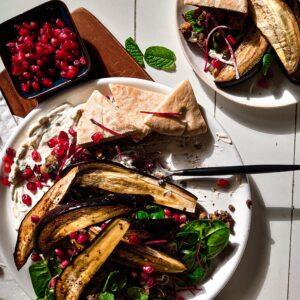Linzen salade met kikkererwten aubergine wedges