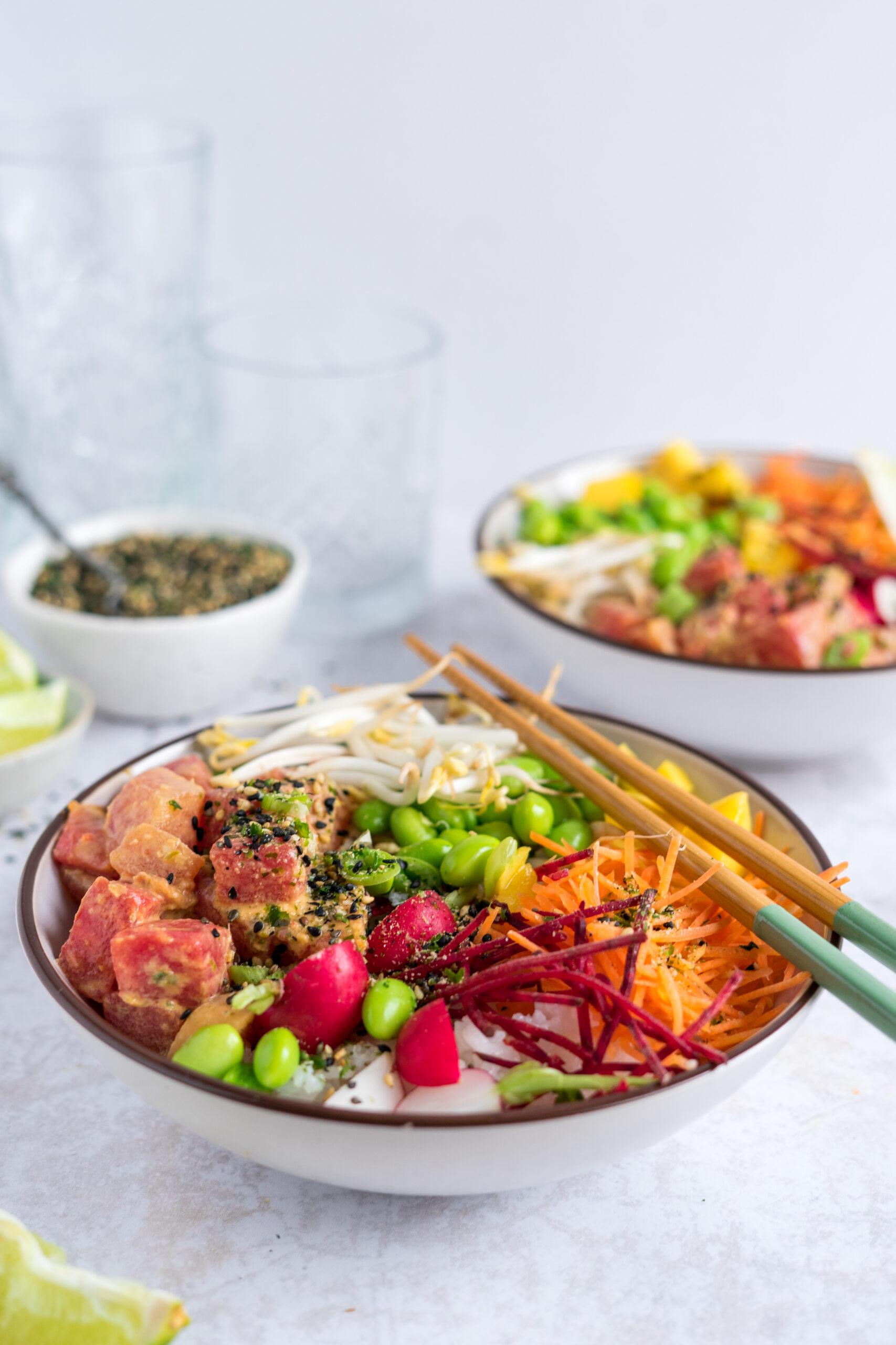 Vegan pokebowl met watermeloen tonijn